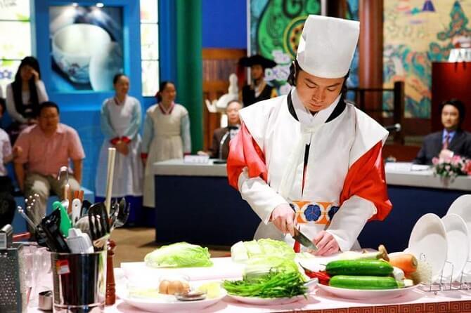 Дуже «смачні» фільми про кухарів, які розкриють таємниці кулінарного мистецтва 12
