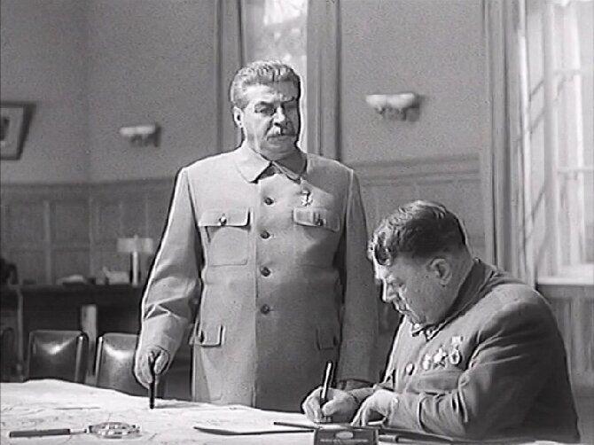 10 художественных и документальных фильмов про Сталина 10