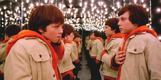 Как две капли воды: топ-7 самых крутых и забавных фильмов про близняшек 8