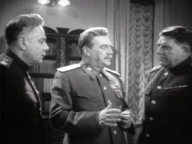 10 художественных и документальных фильмов про Сталина 9