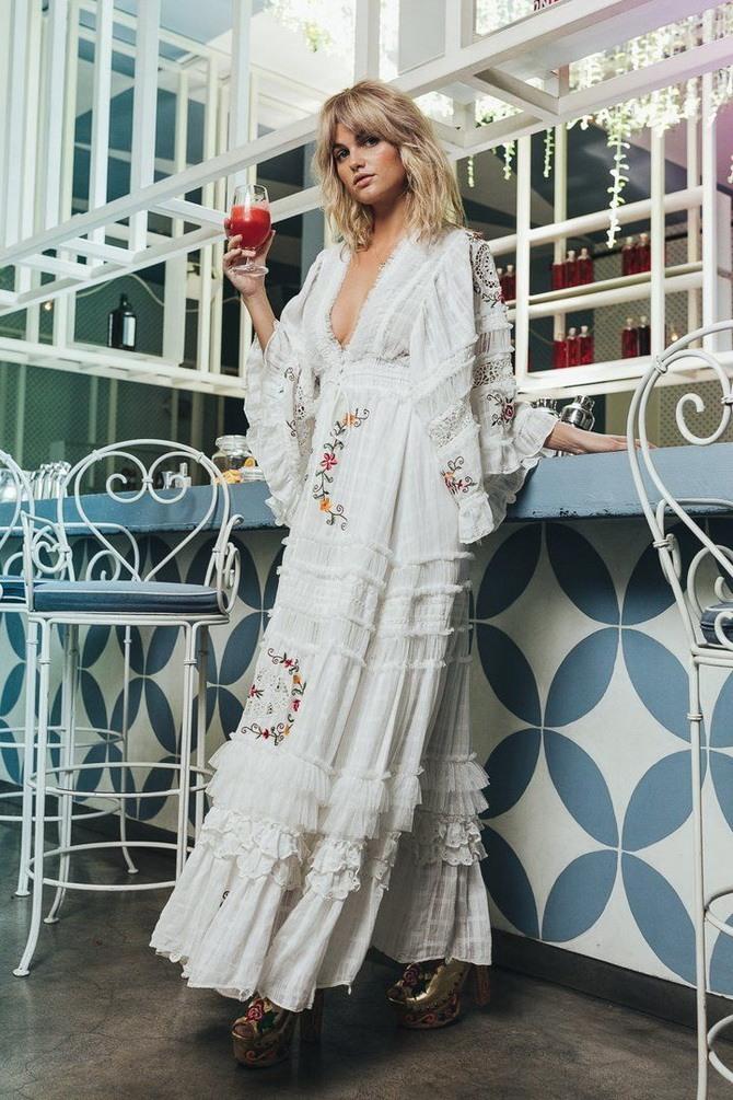 Платья с вышивкой — лучшие модели сезона 2021-2022 30
