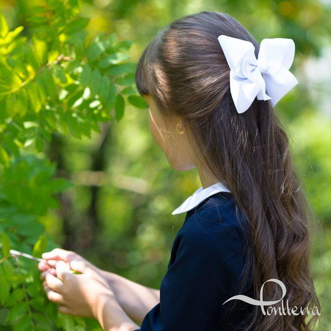 Зачіска з 1 бантом для дівчинки: стильні ідеї на 1 вересня 9