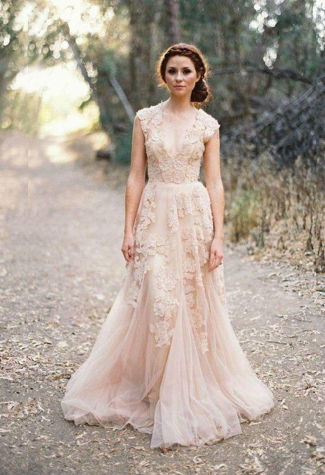 Цвета свадебных платьев 2021: основные тренды 26