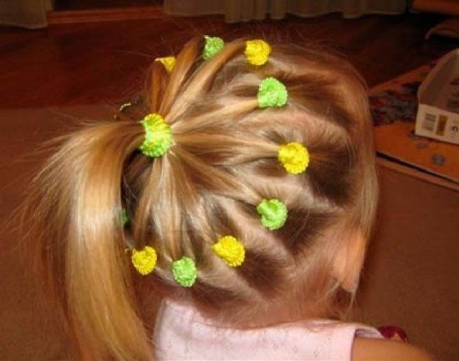 Легкие и очаровательные прически для девочек в школу: лайфхаки, идеи, советы 3