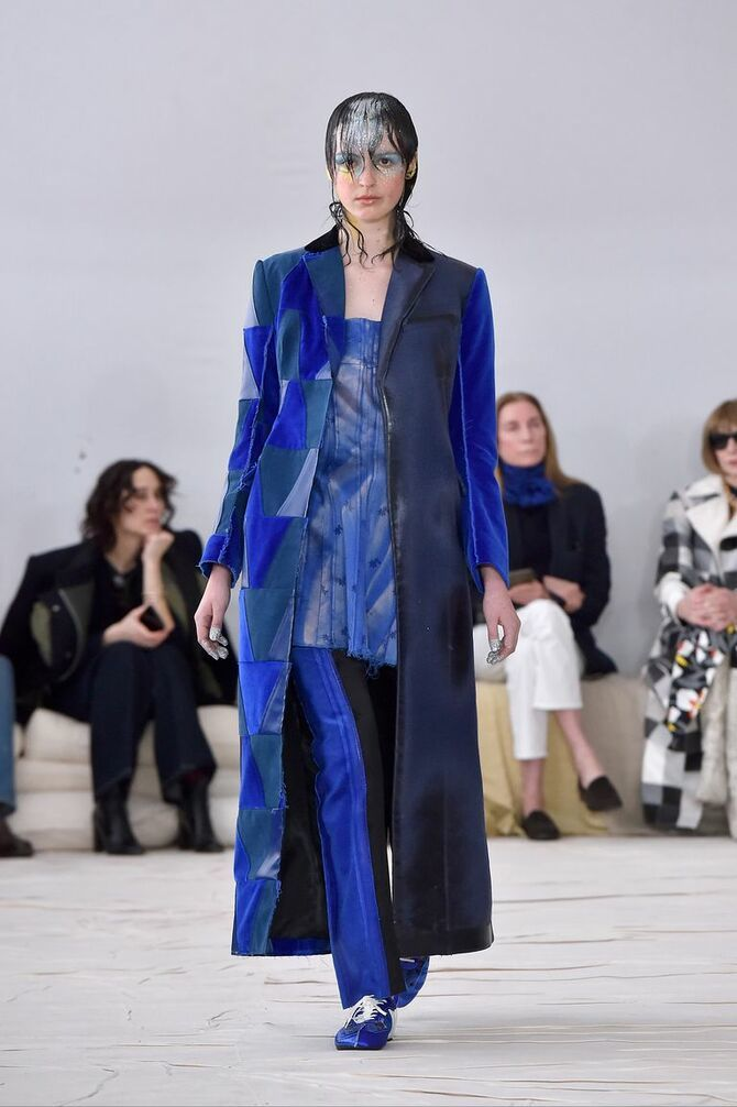 Шкіряні пальта 2020-2021: модні осінні аутфіти 9