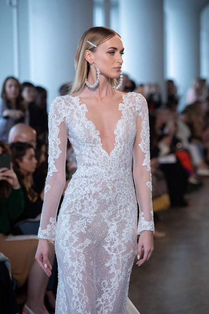 Модні весільні сукні з рукавами 2021-2022 10