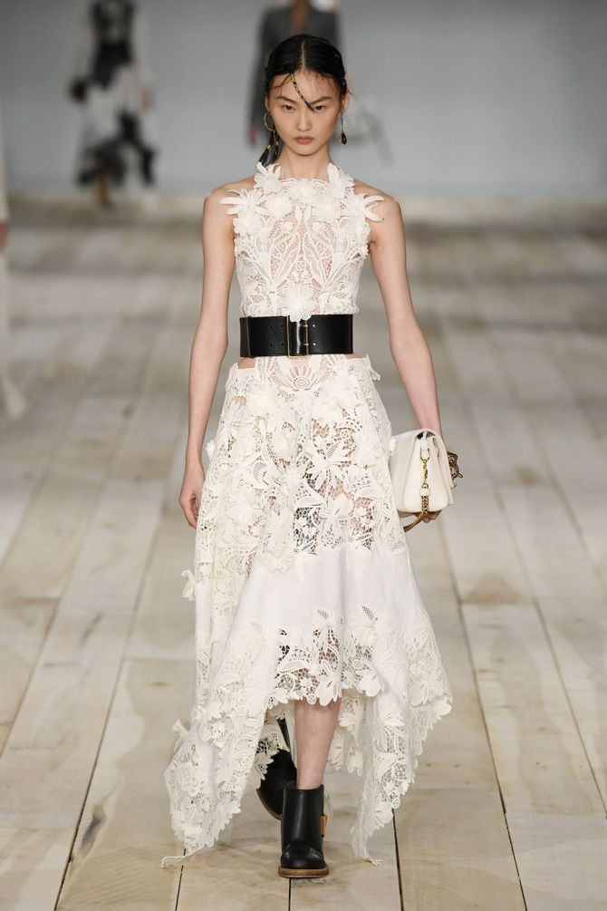 Короткие свадебные платья 2021-2022 38