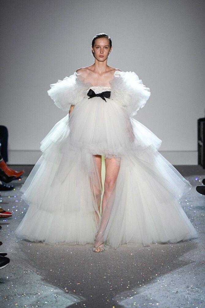 Короткие свадебные платья 2021-2022 39