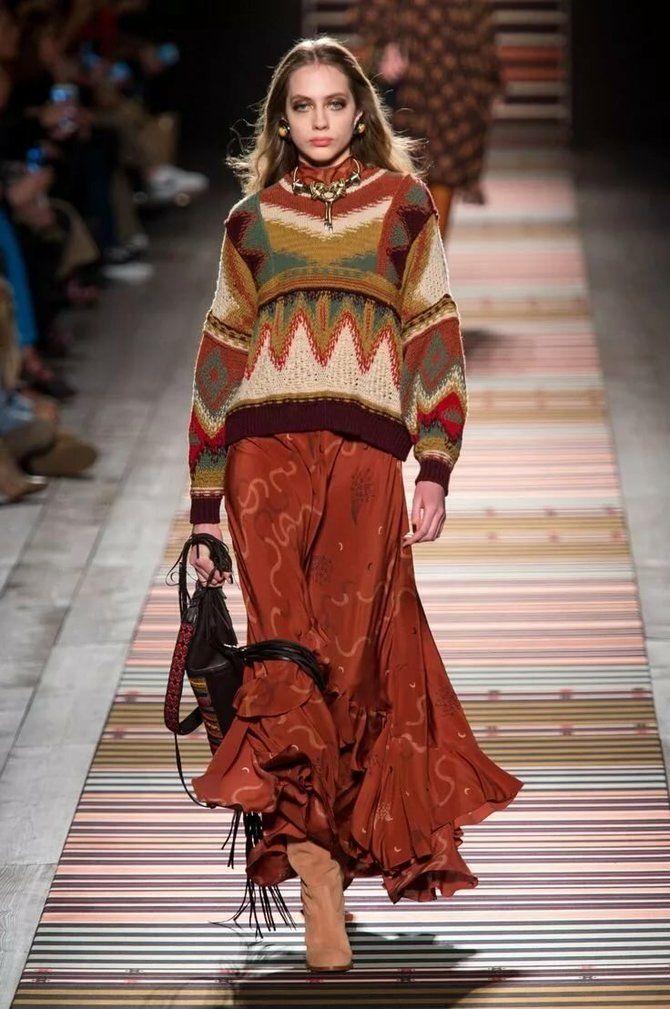 Модная одежда в полоску: тренды 2021-2022 года 47