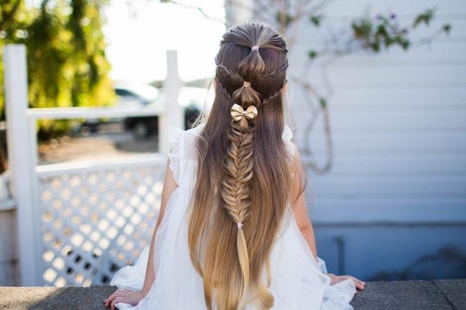 Красиві зачіски на 1 вересня з розпущеним волоссям для дівчаток 1