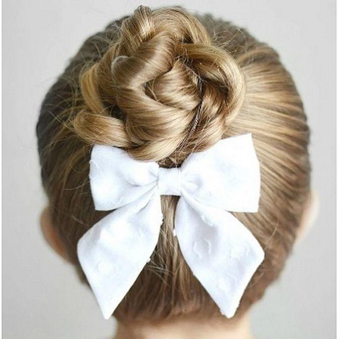 Зачіска з 1 бантом для дівчинки: стильні ідеї на 1 вересня 14