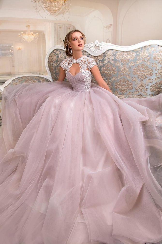 Цвета свадебных платьев 2021: основные тренды 37