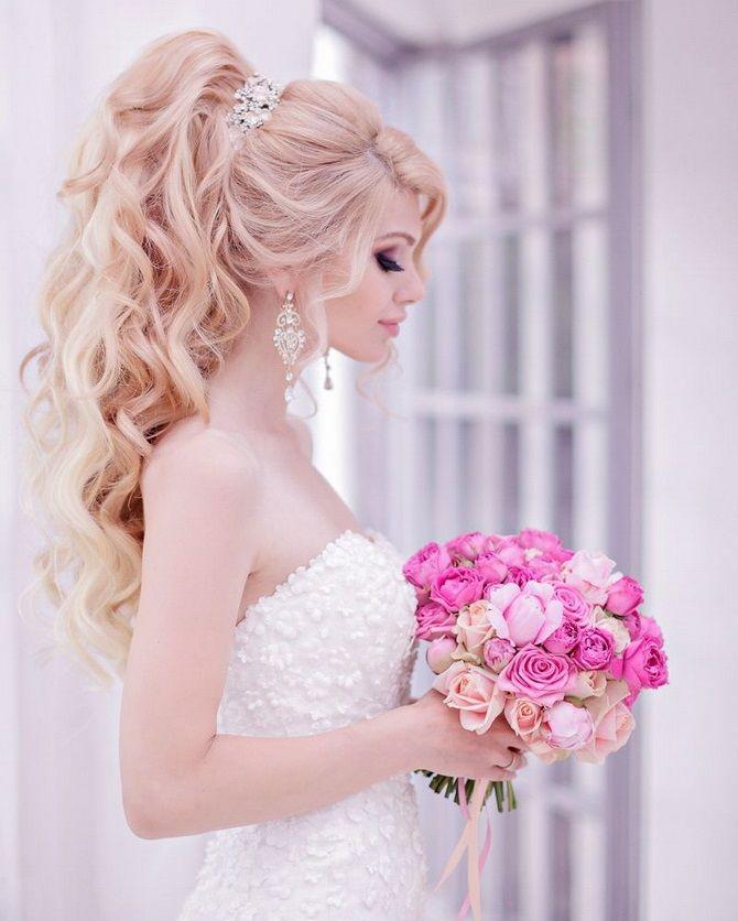 Свадебные прически 2021: шикарные идеи для торжества 24
