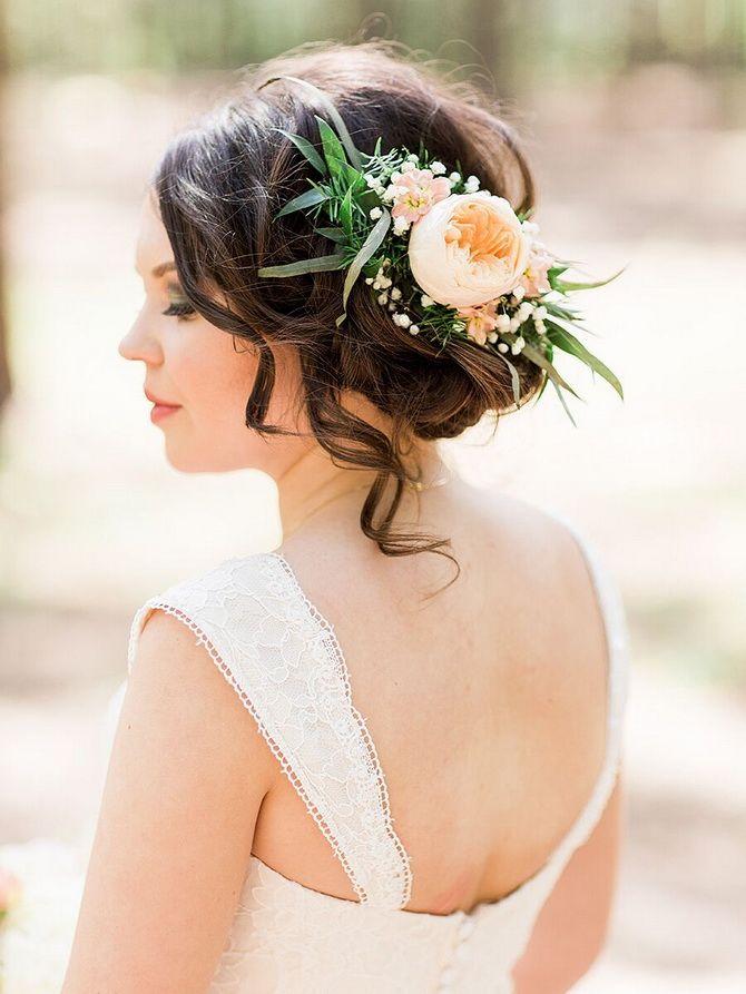 Свадебные прически 2021: шикарные идеи для торжества 31