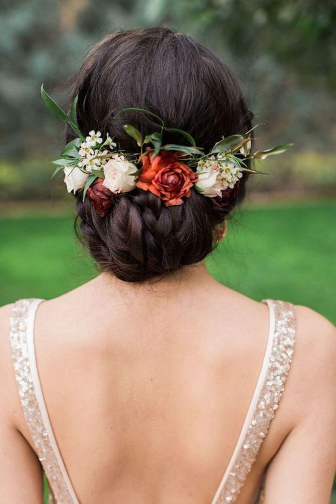 Свадебные прически 2021: шикарные идеи для торжества 34