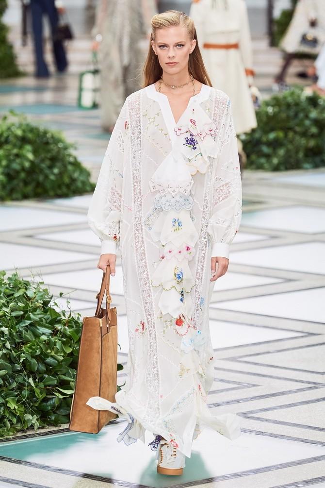 Сукні з вишивкою – кращі моделі сезону 2020-2021 15