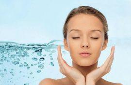 Рецепти ефективних зволожувальних масок: як зробити шкіру обличчя ідеальною