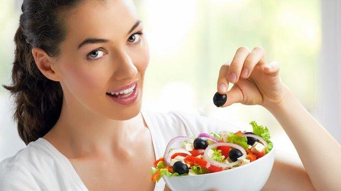 Сохранить молодость и здоровье: витамины для женской красоты 7