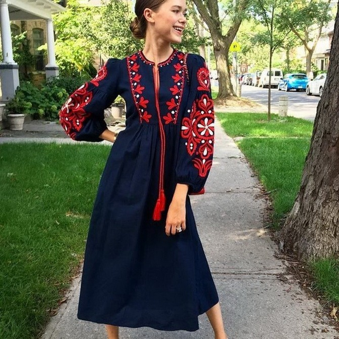Платья с вышивкой — лучшие модели сезона 2021-2022 49