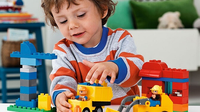 Конструктор Lego или Что лучше подарить ребенку на День рождения 1
