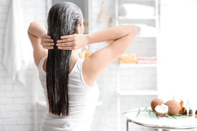 Как выбрать профессиональную косметику для волос?