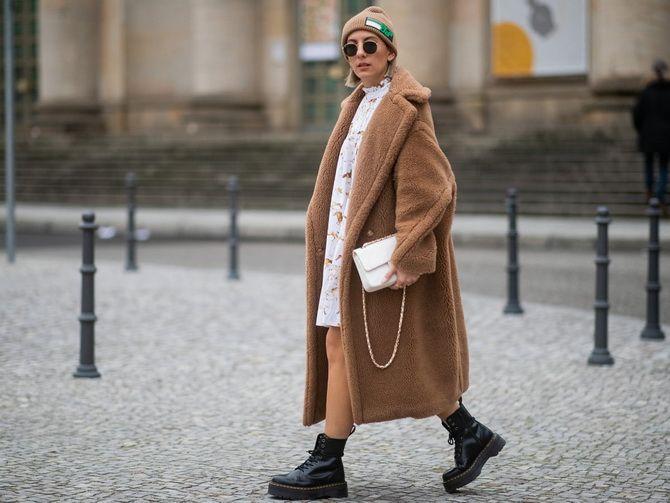 З чим носити мартінси у 2020-2021 році: стильні образи з черевиками Dr. Martens 31