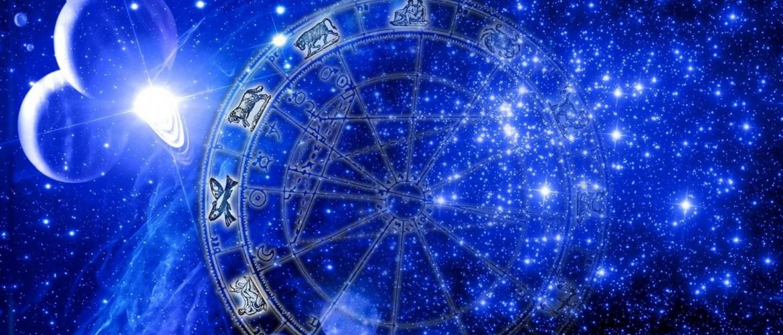 Любовний гороскоп на жовтень 2020 року – що обіцяють зірки?