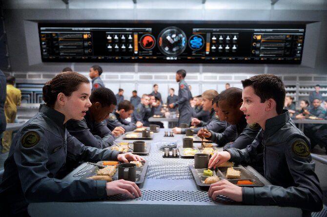 Лучшие фантастические фильмы про инопланетян, космос и другие планеты 8