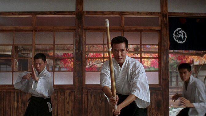 Список самых зрелищных фильмов про кунг-фу – с участием Джеки Чана, Брюса Ли, и не только 9