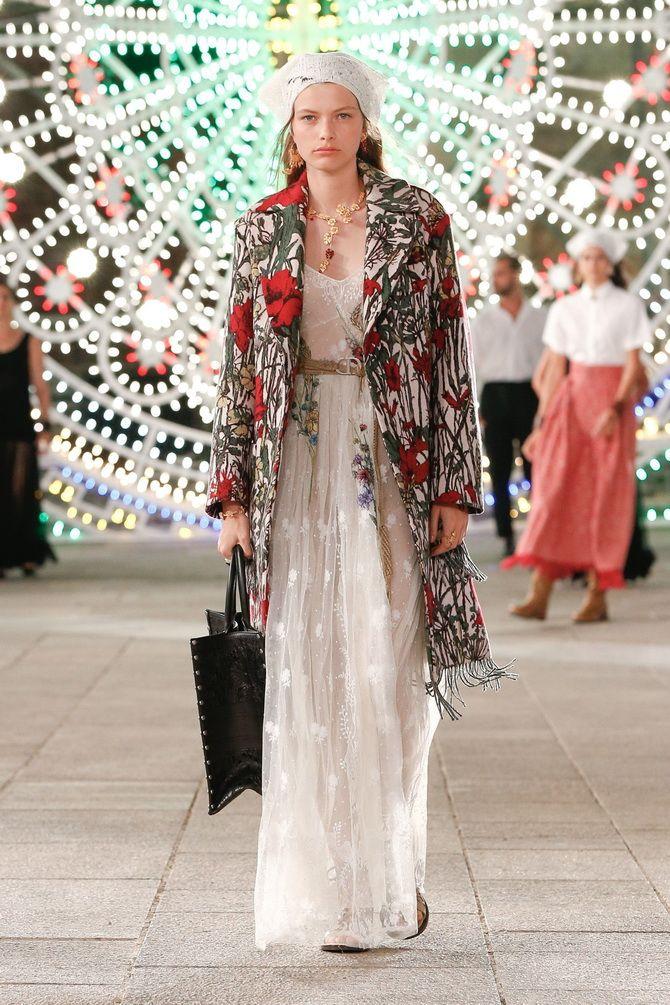 В Париже стартует Неделя моды Paris Fashion Week Spring/Summer 2021 – где посмотреть онлайн? 4