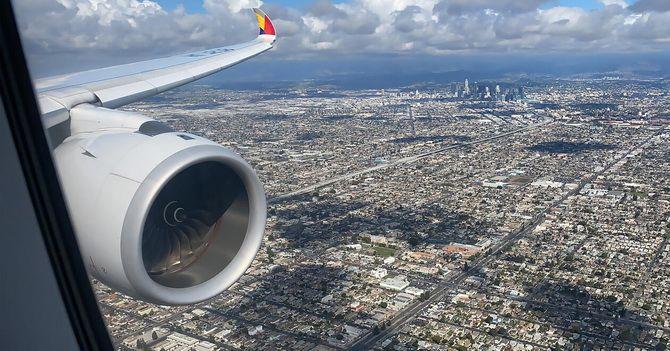 «Хлопця в реактивному ранці» помітили на висоті 900 метрів біля аеропорту в Лос-Анджелесі 2