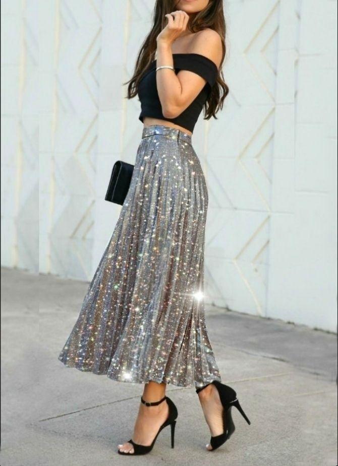 З чим носити сріблясту спідницю – актуальний тренд осені 17