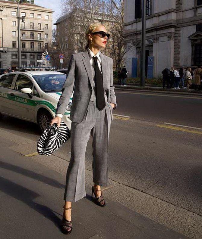 Модные брючные костюмы для женщин 2020-2021 5