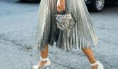 С чем носить серебряную юбку — актуальный тренд осени