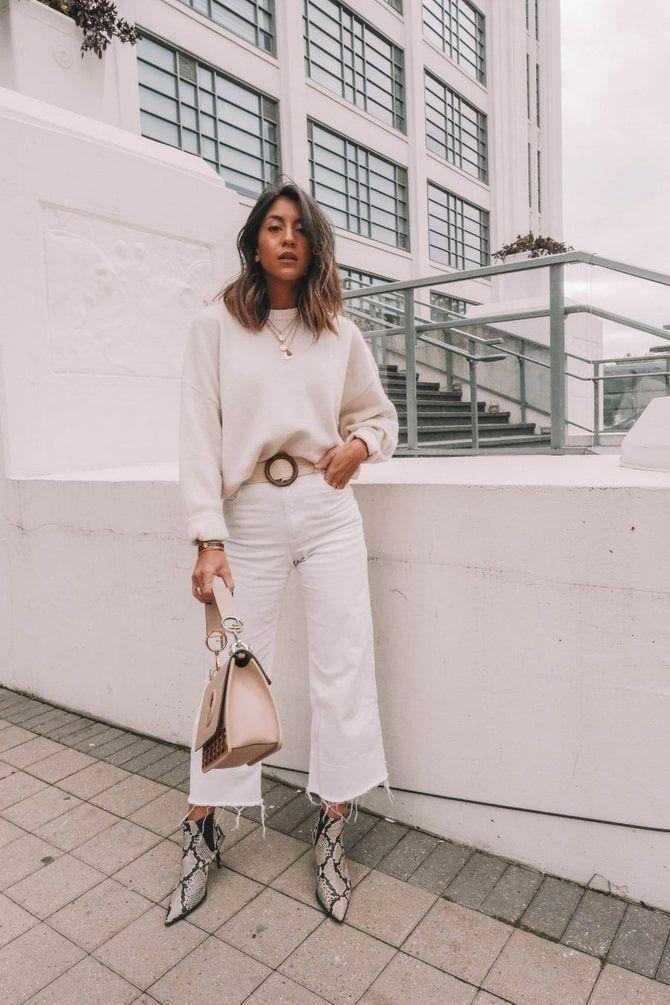 Как носить белые джинсы: создаем уютные осенние луки 15