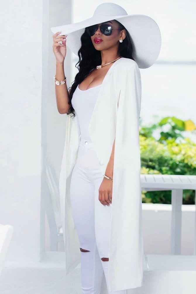 Как носить белые джинсы: создаем уютные осенние луки 27