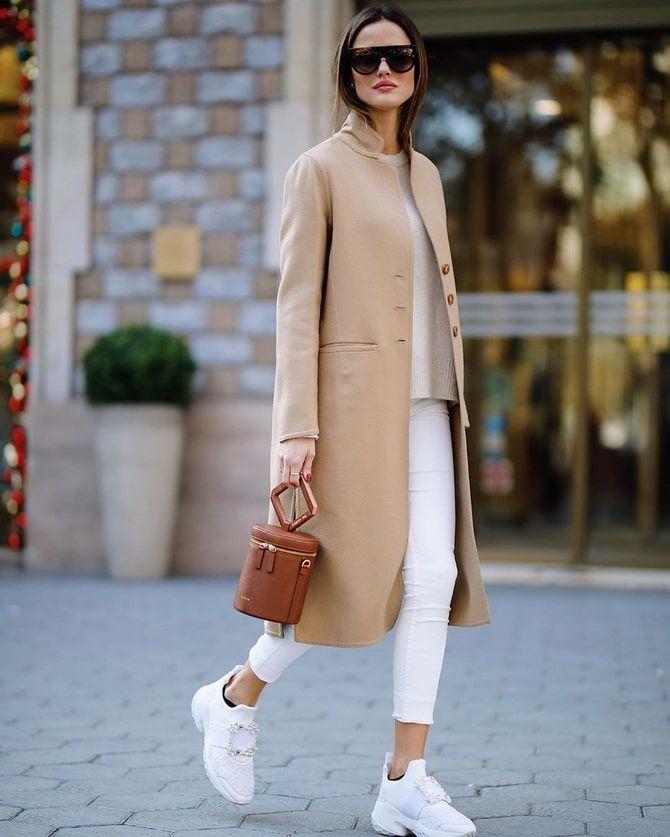Как носить белые джинсы: создаем уютные осенние луки 6