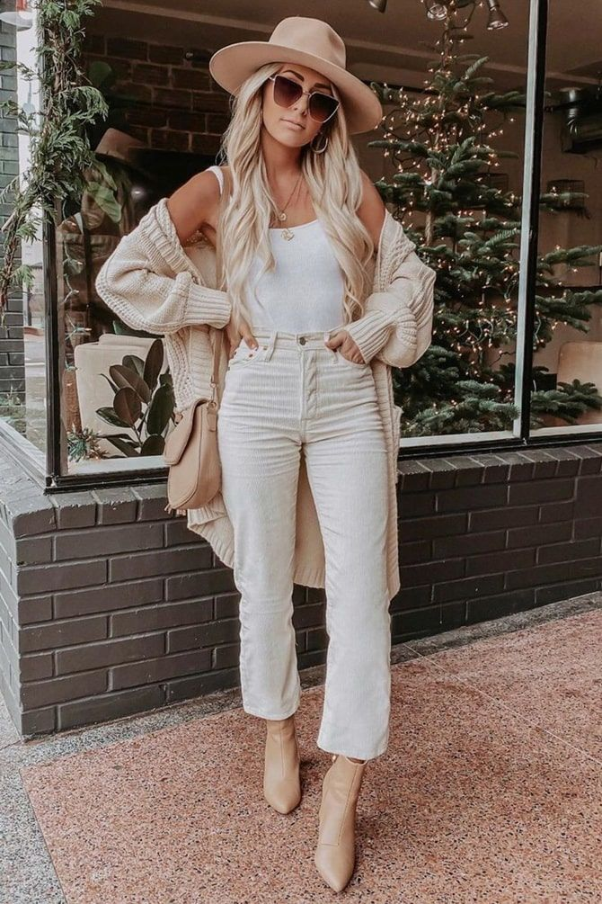 Как носить белые джинсы: создаем уютные осенние луки 8