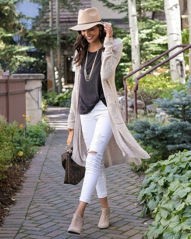 Как носить белые джинсы: создаем уютные осенние луки 9