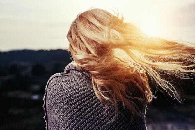 Як зберегти ідеальний блонд: догляд за світлим волоссям 2
