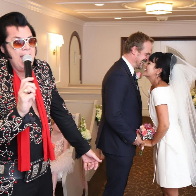 Незвичайне весілля Лілі Аллен у Лас-Вегасі: несправжній Елвіс і бургери на церемонії 2