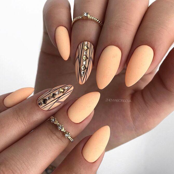 Павутинка на нігтях: ефектні дизайни 2020–2021 20