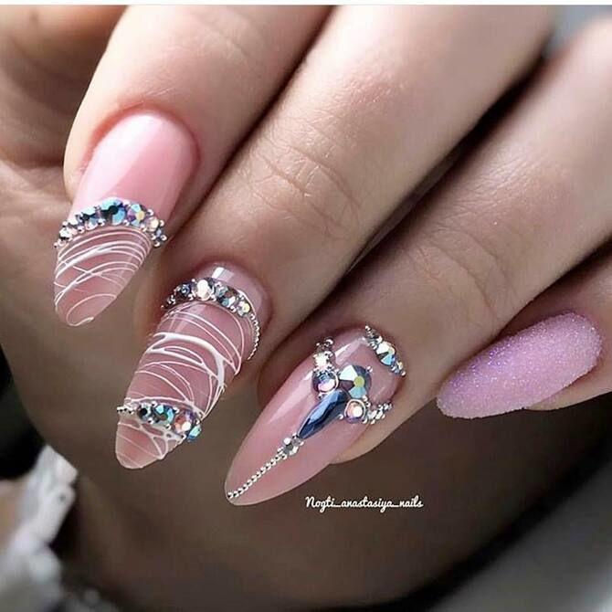 Павутинка на нігтях: ефектні дизайни 2020–2021 27
