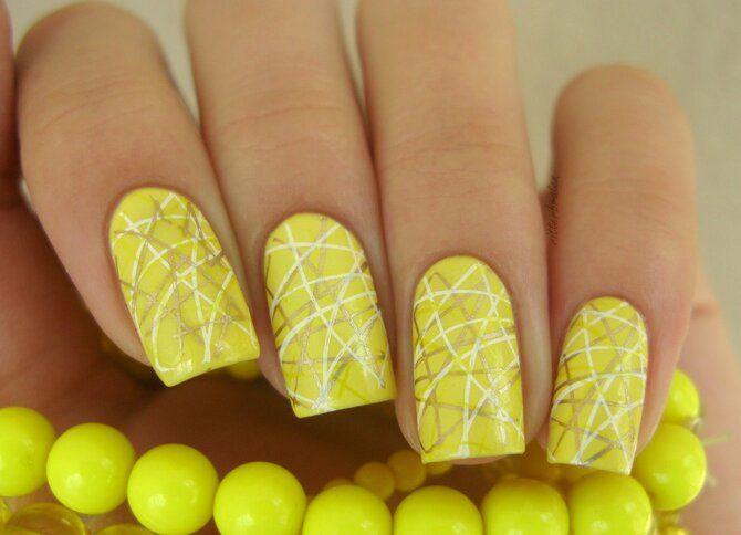 Павутинка на нігтях: ефектні дизайни 2020–2021 58
