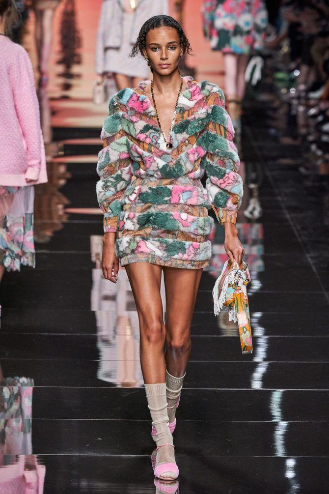 Модні сукні з довгим рукавом 2020-2021 8