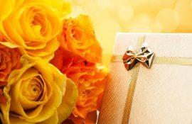 Привітання з днем народження мамі – ніжні вірші