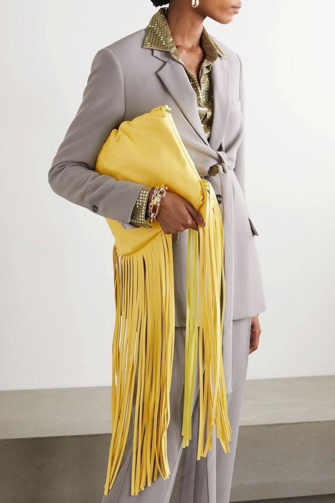 Сумки з бахромою – модний тренд осінь-зима 2020 2021 14