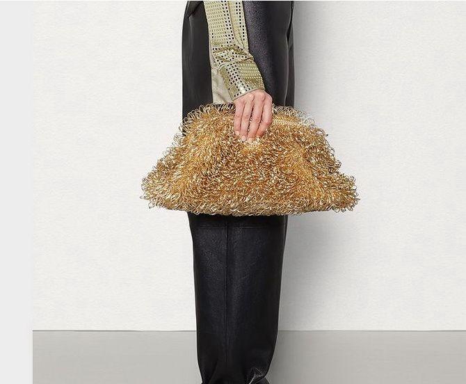 Сумки з бахромою – модний тренд осінь-зима 2020 2021 16