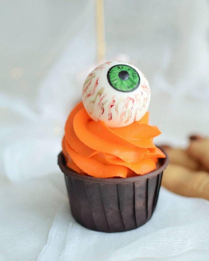Капкейки на Хэллоуин: варианты декора для ужасно популярного лакомства 34