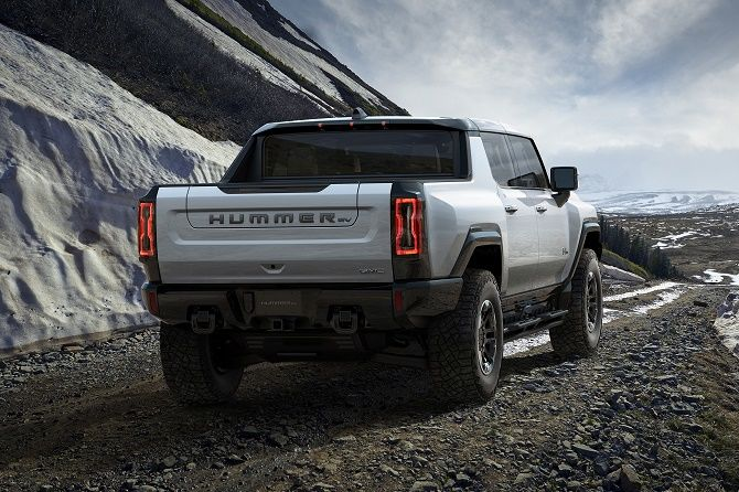Hummer возвращается: GM представила свой первый электрический пикап с рекордной мощностью 2